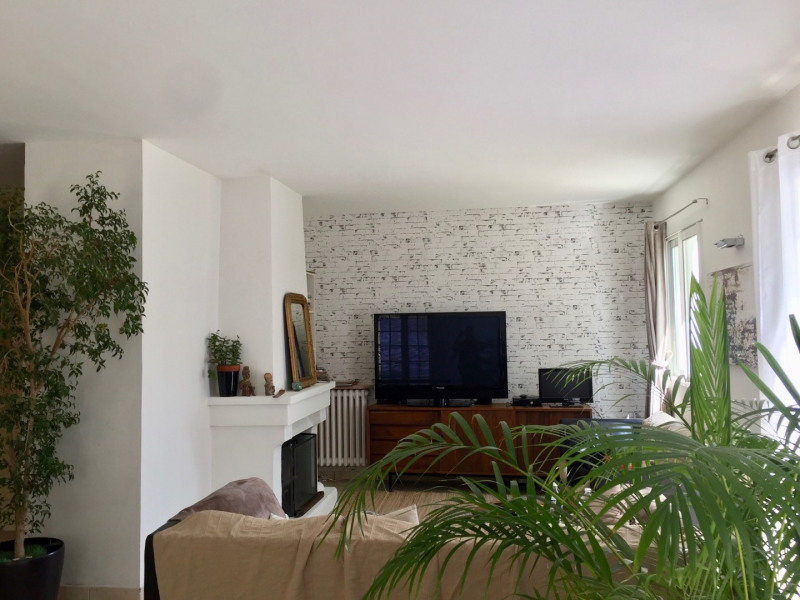 Vente maison / villa Aix-en-provence 560000€ - Photo 4
