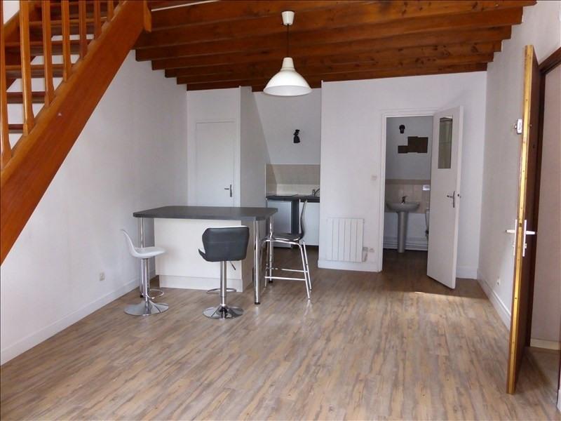 Rental apartment Auxerre 420€ CC - Picture 1