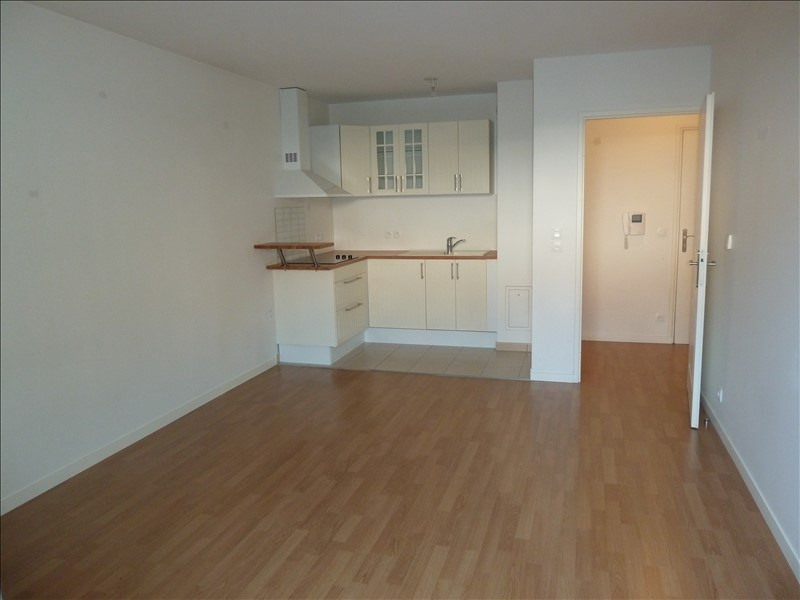 Rental apartment Andresy 795€ CC - Picture 2
