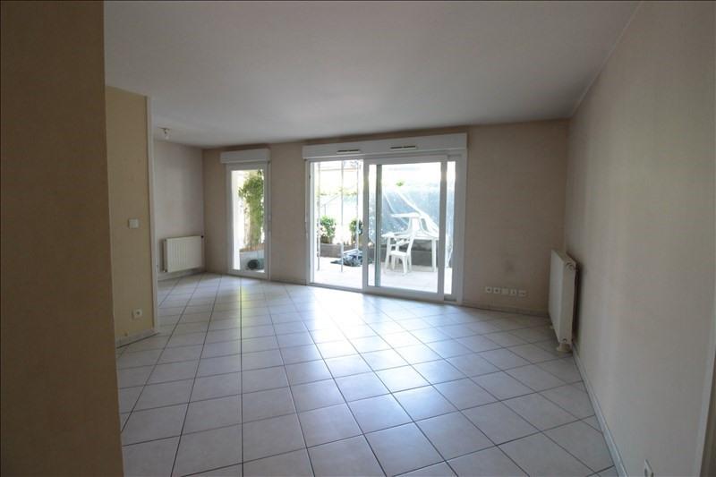 Sale apartment Annecy le vieux 350000€ - Picture 2