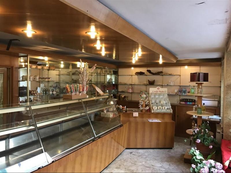 Boutique 60m² Saint-Martin-Vésubie  Boutique 60m² Saint-Martin-Vésubie