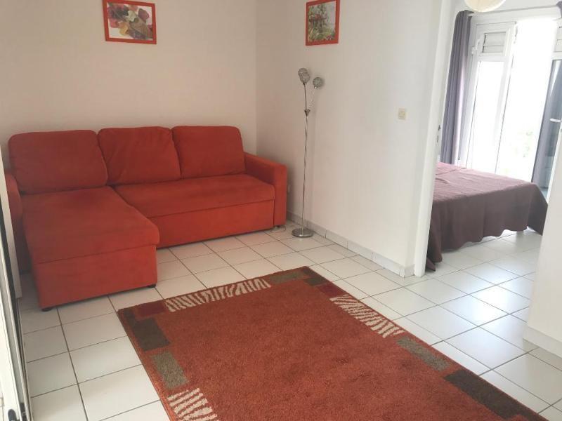 Rental apartment Les trois ilets 785€ CC - Picture 2