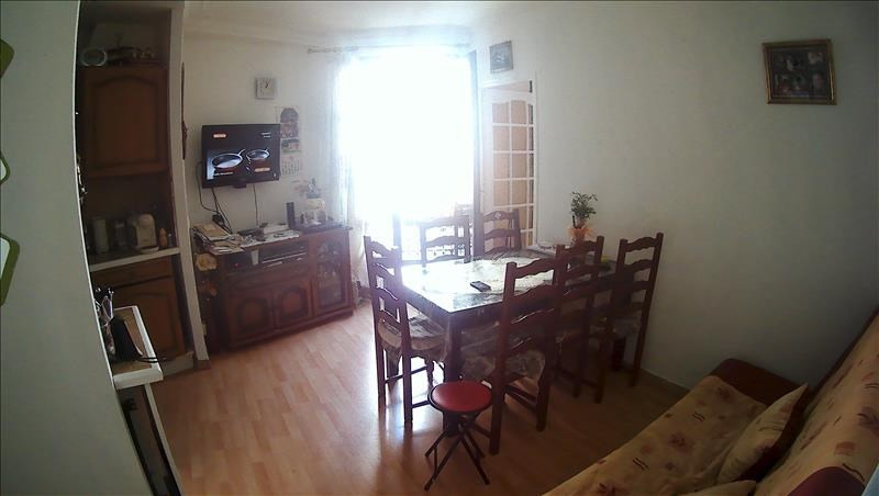 Sale apartment Paris 10ème 330 000€ - Picture 1