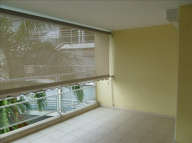 Investment property apartment Baie mahault 129000€ - Picture 5
