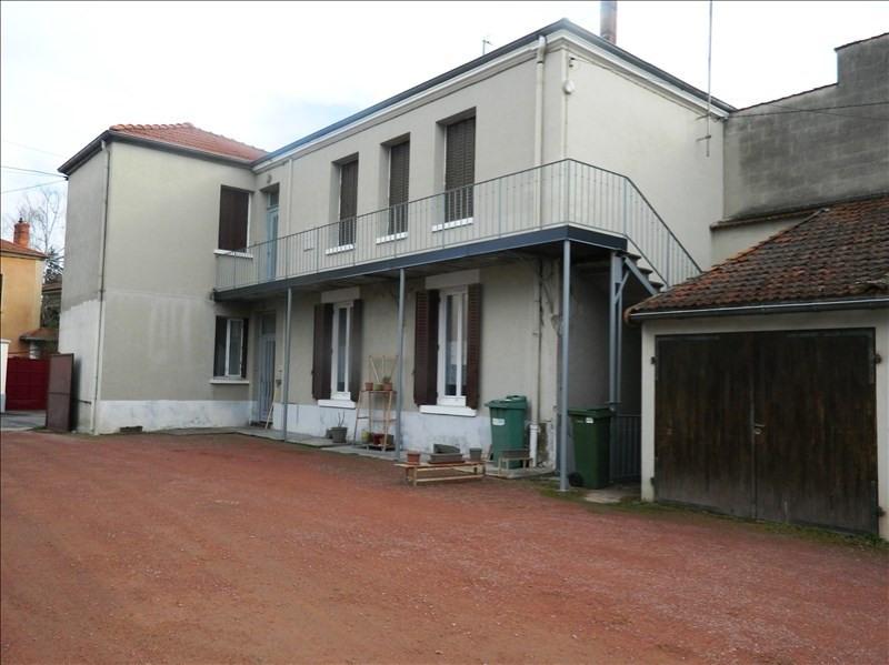 Rental apartment Riorges 410€ CC - Picture 1