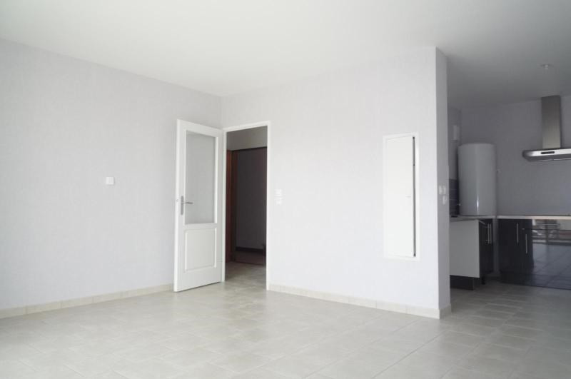 Location appartement Dijon 690€ CC - Photo 2