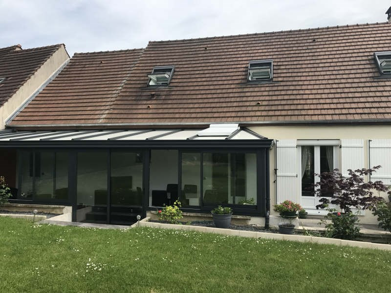 Sale house / villa Chambly 341 000€ - Picture 1