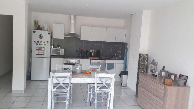 Rental house / villa Mimet 1170€ CC - Picture 5