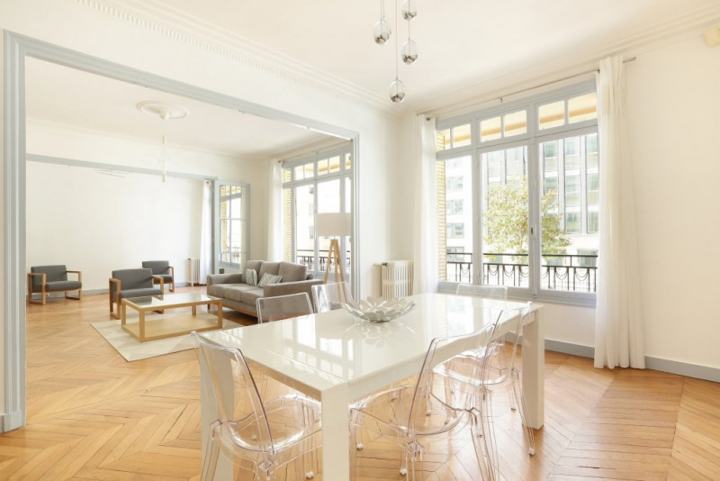 Aрендa квартирa Paris 17ème 4500€ CC - Фото 1