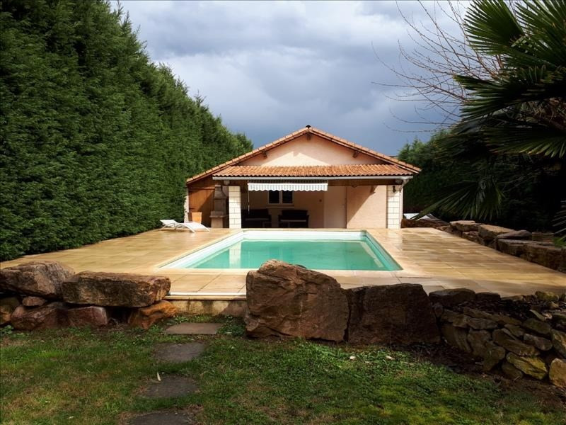 Sale house / villa Clonas sur vareze 263000€ - Picture 1