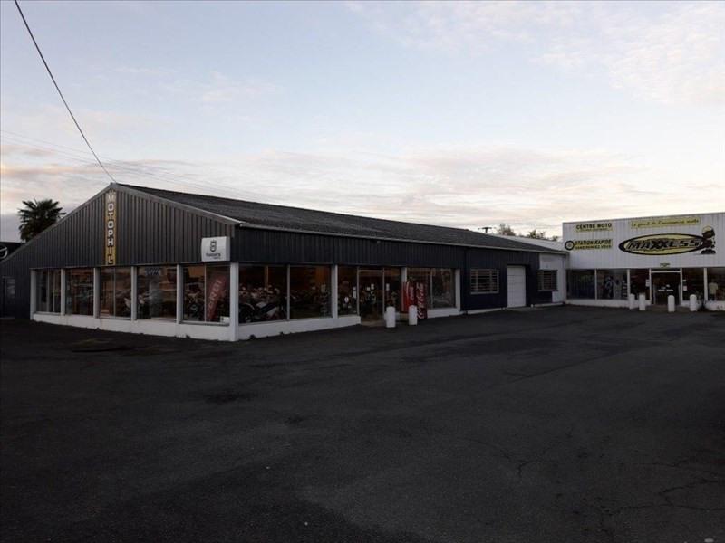 Location boutique Lons 13750€ HT/HC - Photo 1