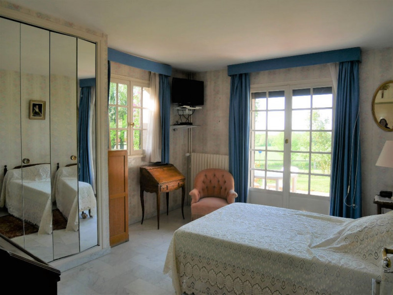 Sale house / villa Herbeville 540000€ - Picture 9