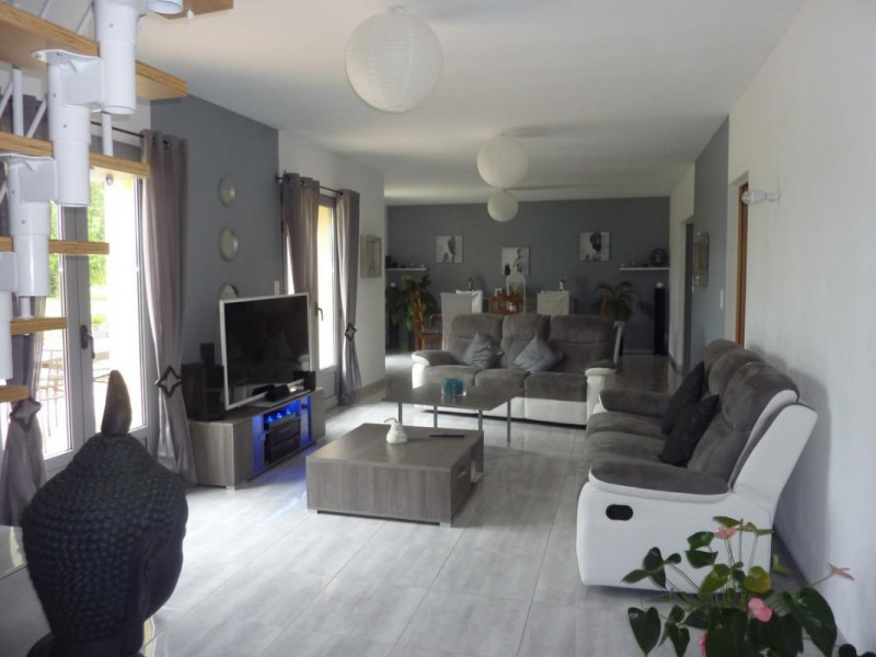 Vente maison / villa Lisieux 246 750€ - Photo 3