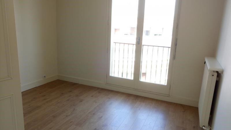 Location appartement Le vesinet 1 680€ CC - Photo 7