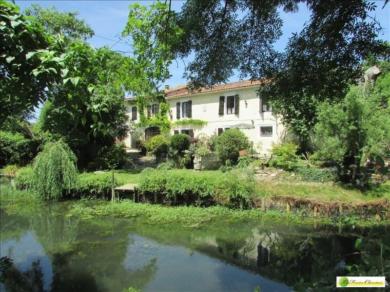 Vente maison / villa Aigre 414750€ - Photo 2