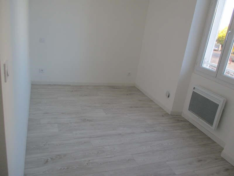 Rental apartment Salon de provence 860€ CC - Picture 9