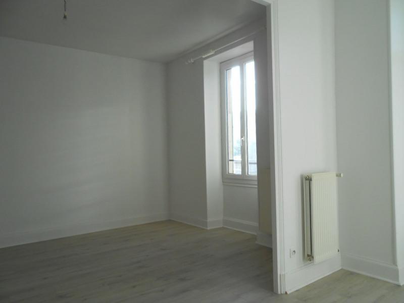 Location appartement Saint-laurent-du-pape 690€ CC - Photo 7