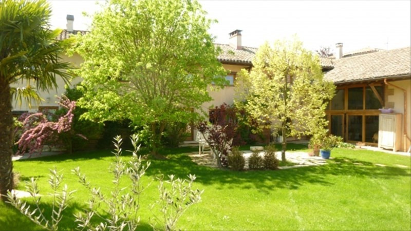 Deluxe sale house / villa Ars sur formans 740 000€ - Picture 2