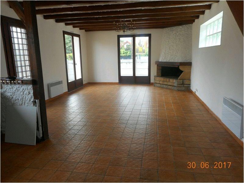 Rental house / villa Savigny/orge 1149€ CC - Picture 2