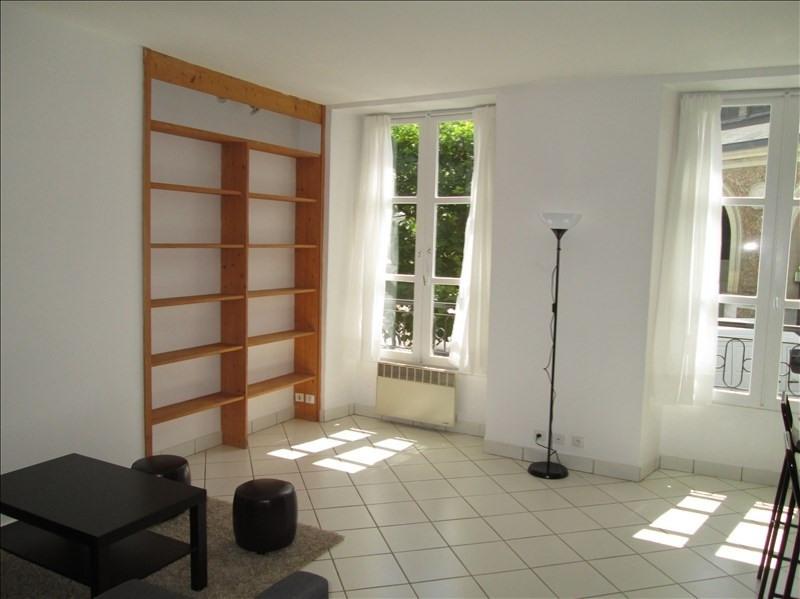Rental apartment Versailles 1200€ CC - Picture 1