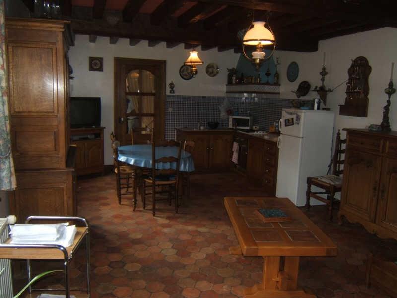 Sale house / villa Francastel 300000€ - Picture 4