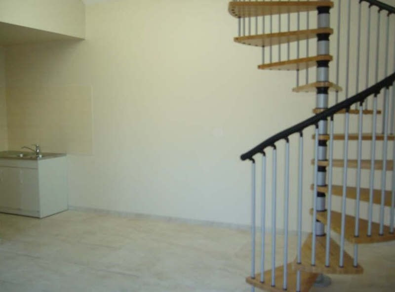 Rental apartment Ste genevieve 900€ +CH - Picture 1