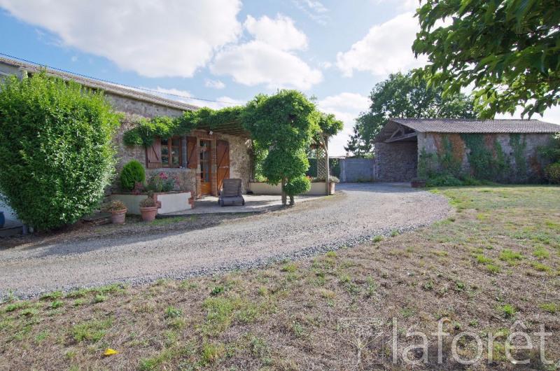 Sale house / villa La chapelle largeau 181000€ - Picture 1