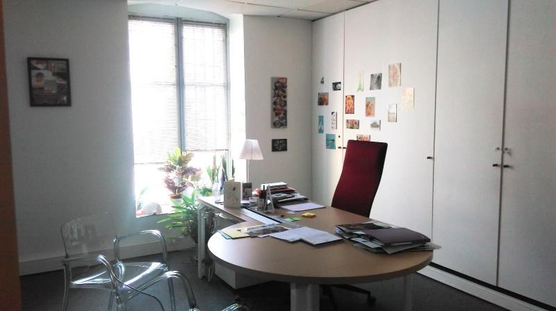 Location bureau Bordeaux 775€ CC - Photo 1