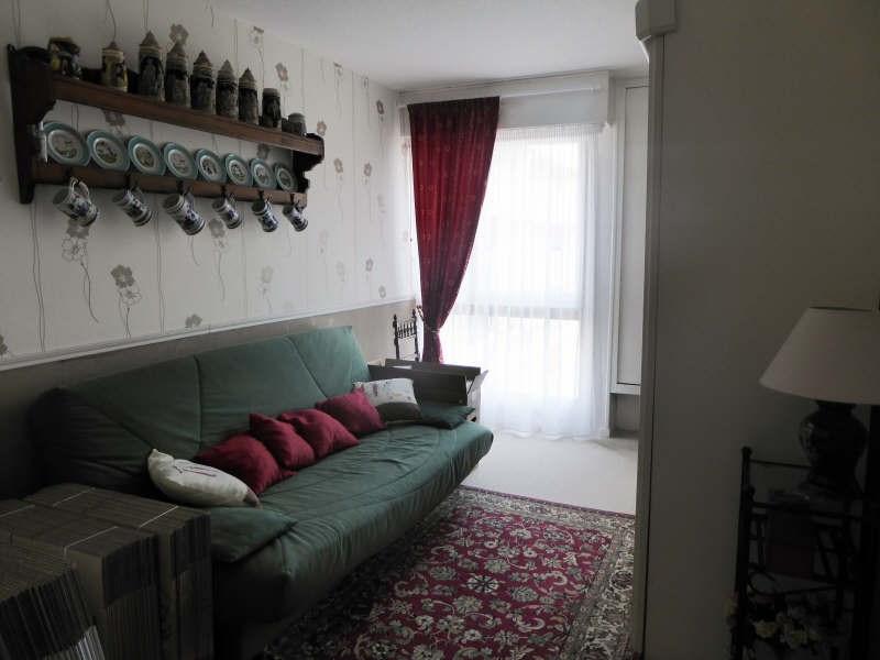 Location appartement Elancourt 1125€ CC - Photo 5