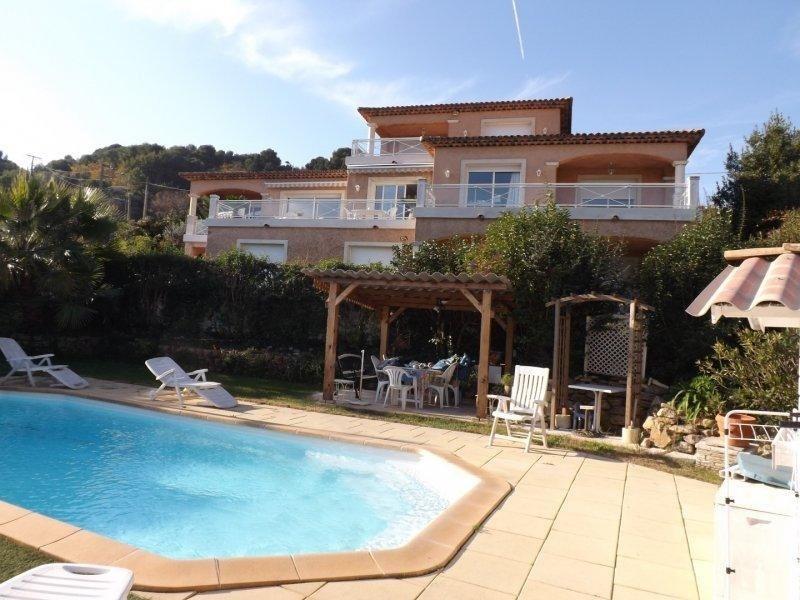 Deluxe sale house / villa Vallauris 1690000€ - Picture 1