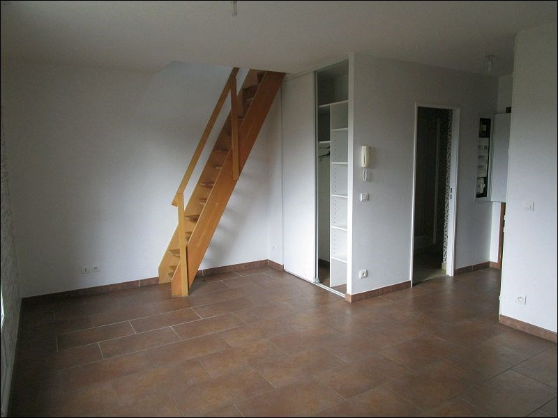 Sale apartment Savigny-sur-orge 137000€ - Picture 2