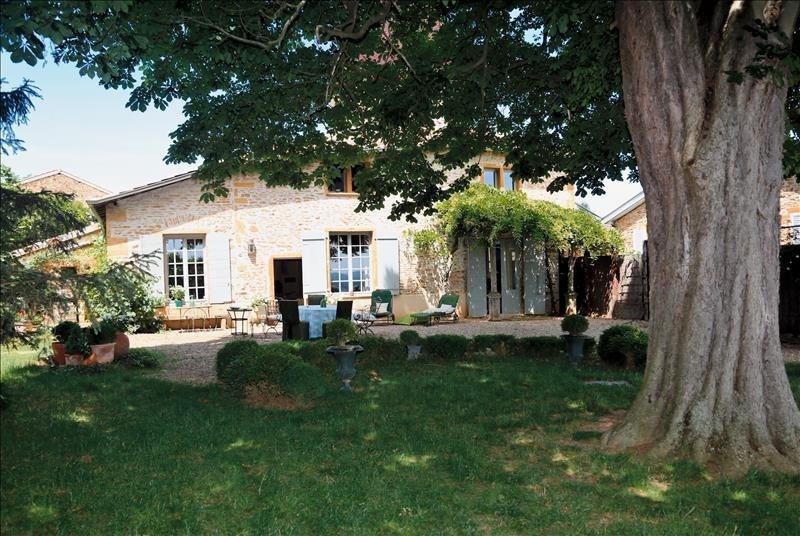 Sale house / villa Pommiers 525000€ - Picture 1