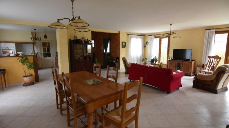 Sale house / villa Beaumont sur oise 435000€ - Picture 1