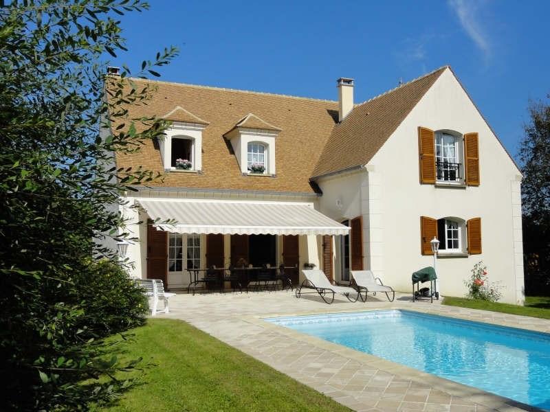Sale house / villa Montfort l amaury 750000€ - Picture 1