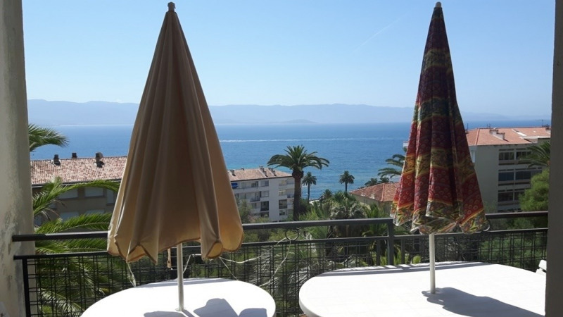 Vacation rental apartment Ajaccio 1 200€ - Picture 1