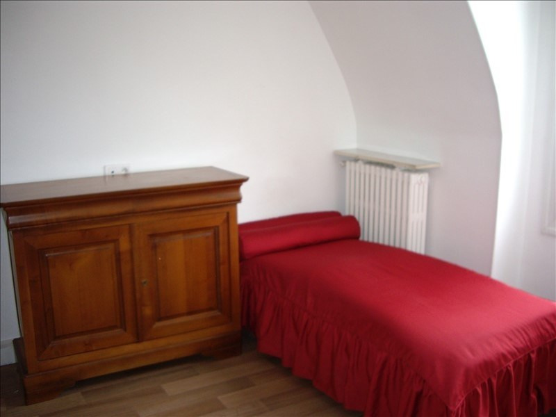 Location appartement Paris 17ème 850€ CC - Photo 2