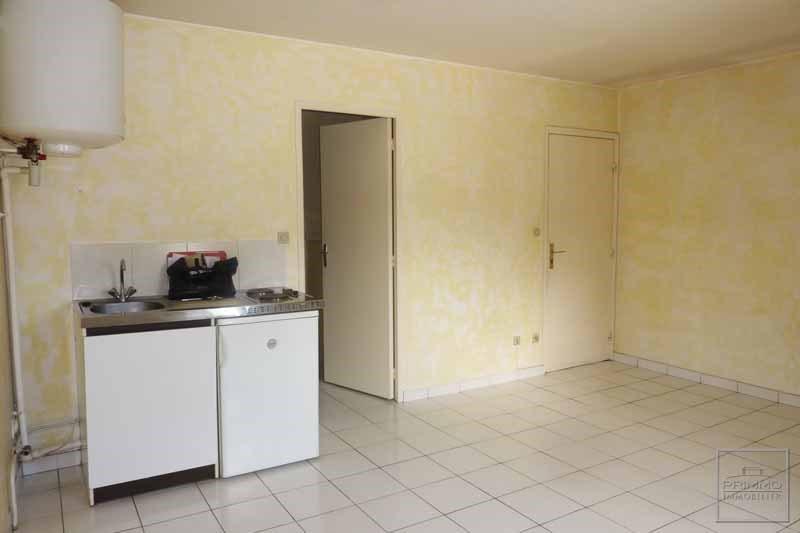 Rental apartment Dommartin 360€ CC - Picture 5