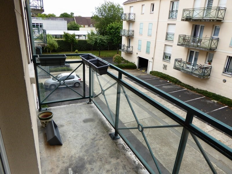 Rental apartment Trappes 888€ CC - Picture 4