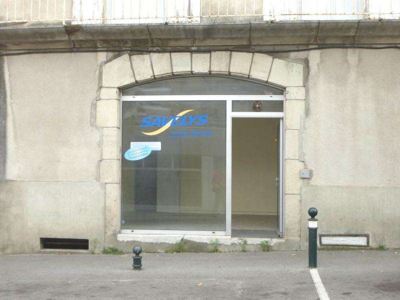 Location boutique Aubenas 330€ CC - Photo 1