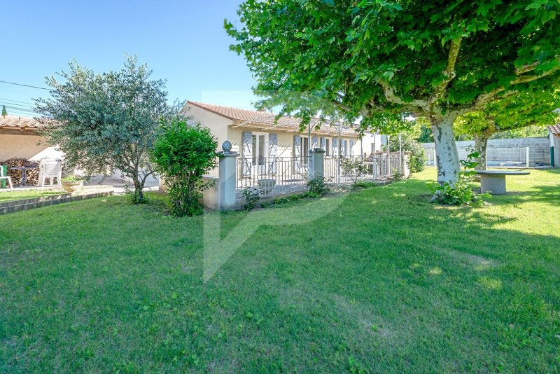 Vente maison / villa Althen des paluds 268 000€ - Photo 1