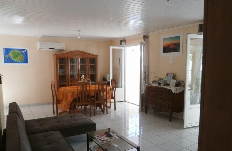 Sale house / villa Ste suzanne 238500€ - Picture 2