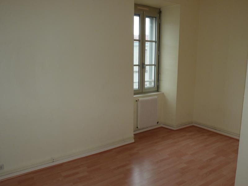 Location appartement La roche sur yon 410€ CC - Photo 2