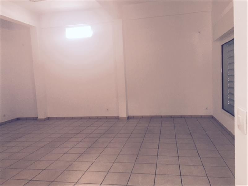 Location bureau Le port 2 000€ HT/HC - Photo 6