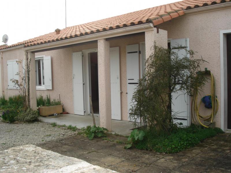 Sale house / villa Saint-pierre-d'oleron 241200€ - Picture 2