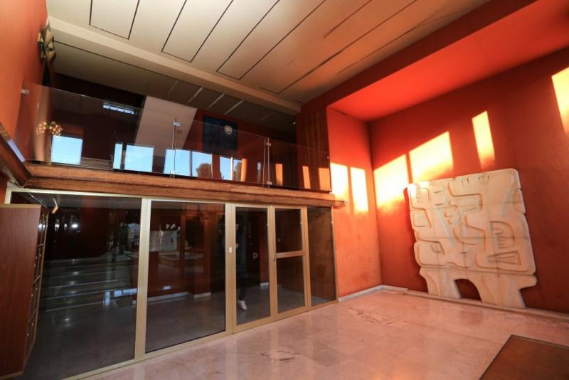 Deluxe sale apartment Toulon 980000€ - Picture 3