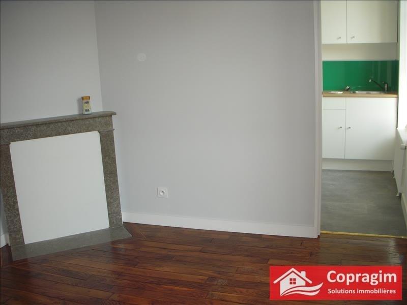 Rental house / villa Montereau fault yonne 750€ CC - Picture 2