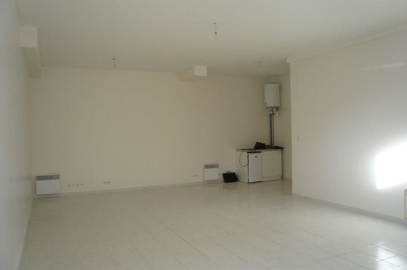 Location bureau Meaux 900€ +CH/ HT - Photo 2