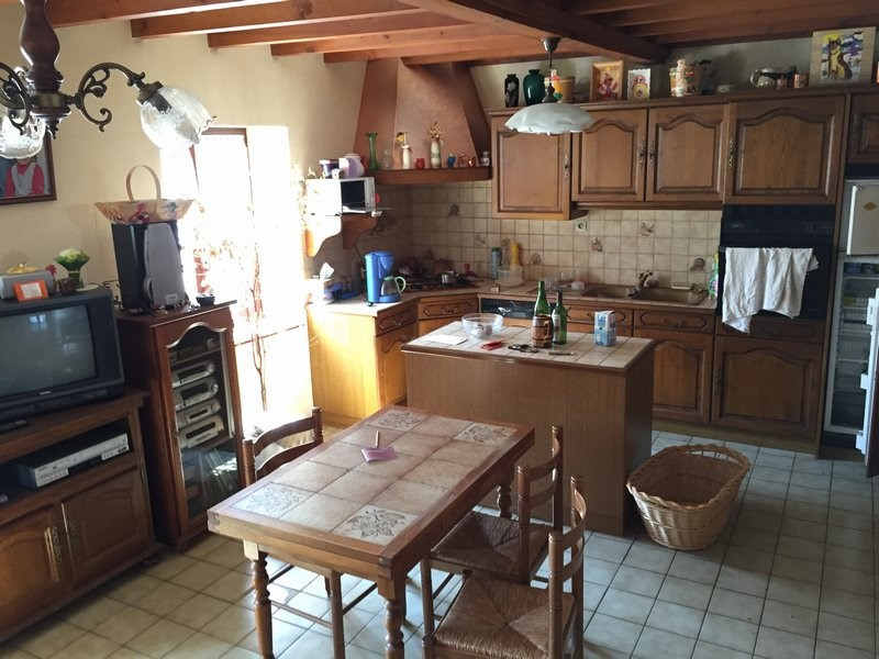 Sale house / villa St martin la plaine 130000€ - Picture 3