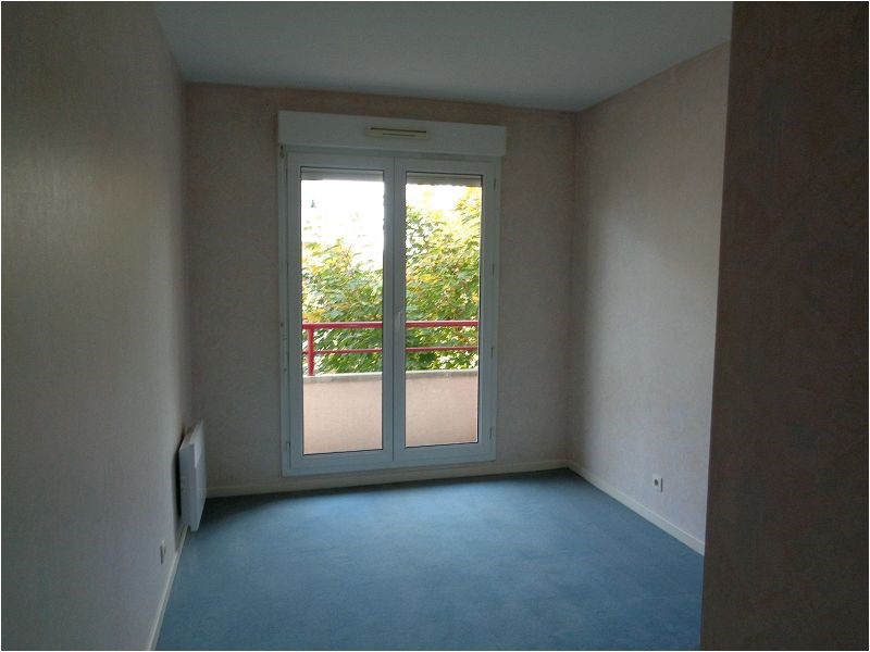 Location appartement Vigneux sur seine 920€ CC - Photo 3