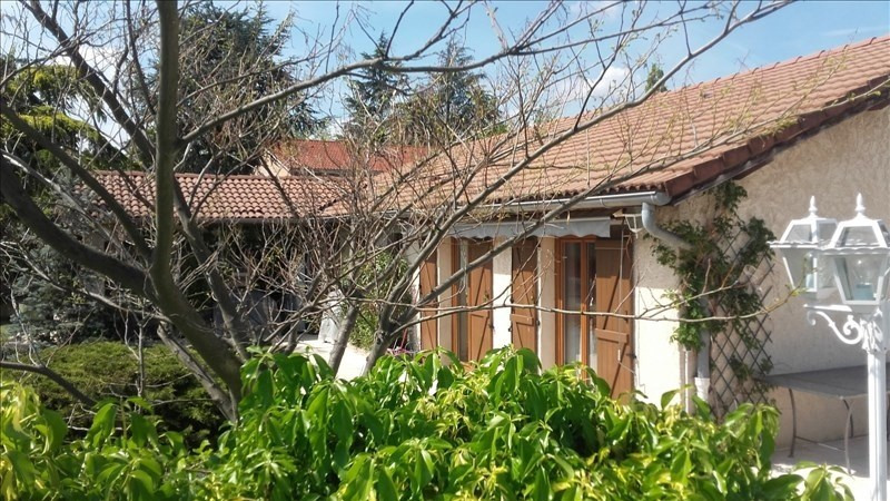 Sale house / villa St prim 320000€ - Picture 1